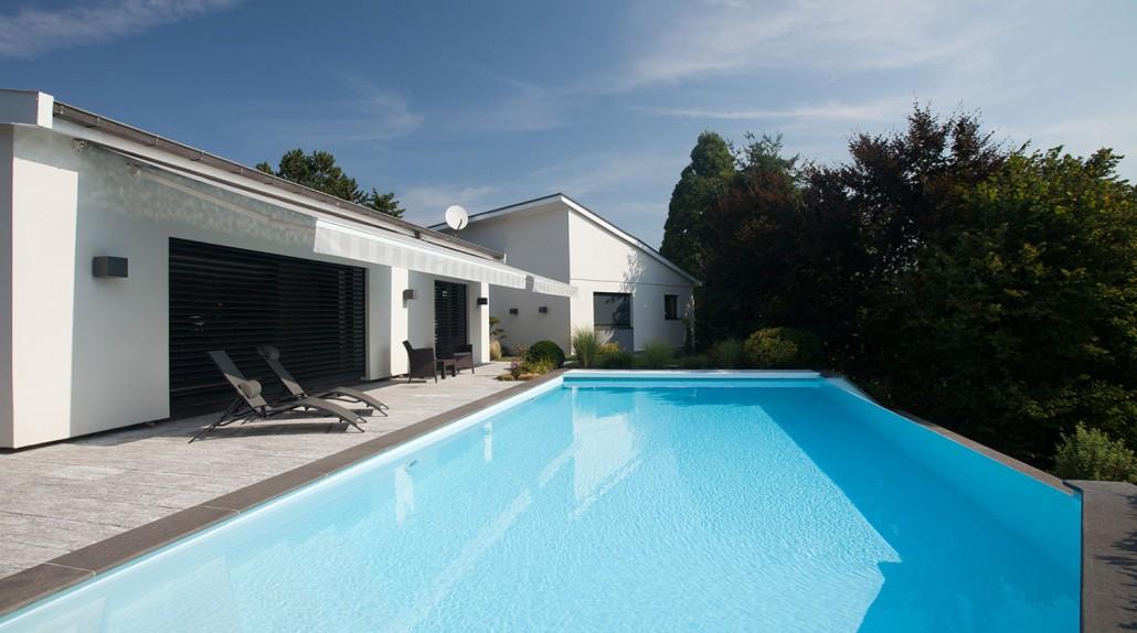 Entretien de piscine les issambres ste maxime st aygulf for Entretien de piscine